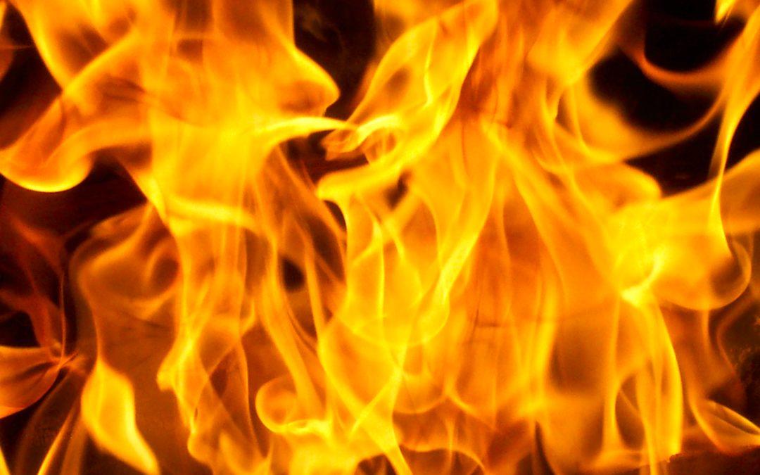 Incendio in zona P.I.P. – succede a Castellana-Grotte